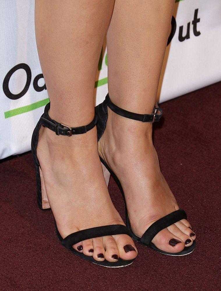 Abby huntsman feet