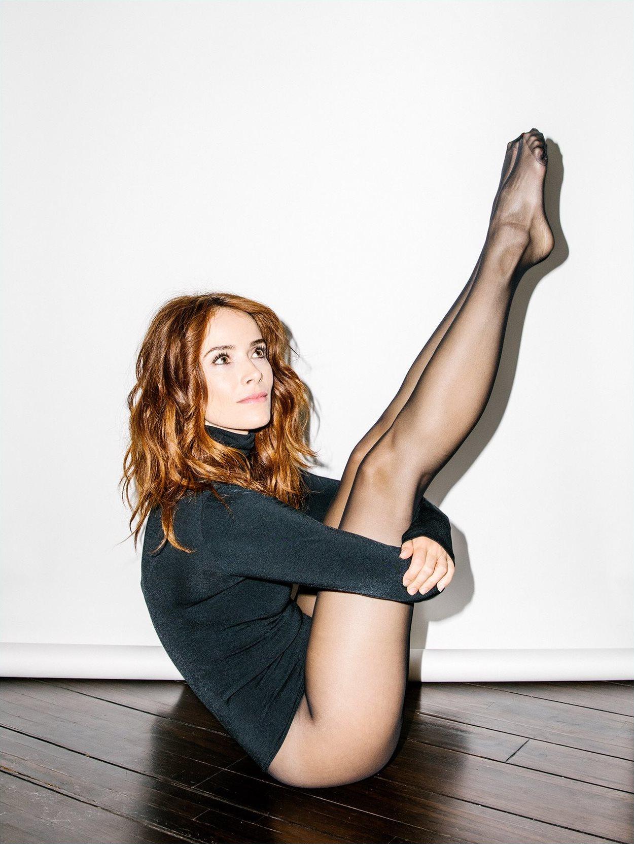 Abigail spencer legs