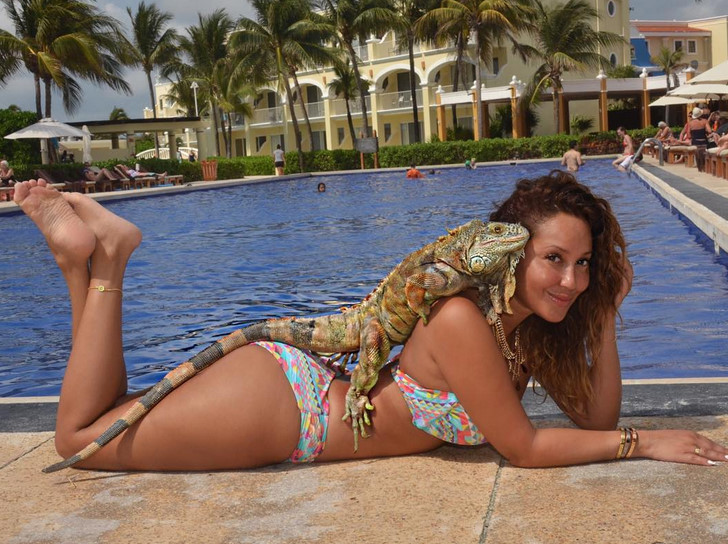 Adrienne Bailon S Naked 15
