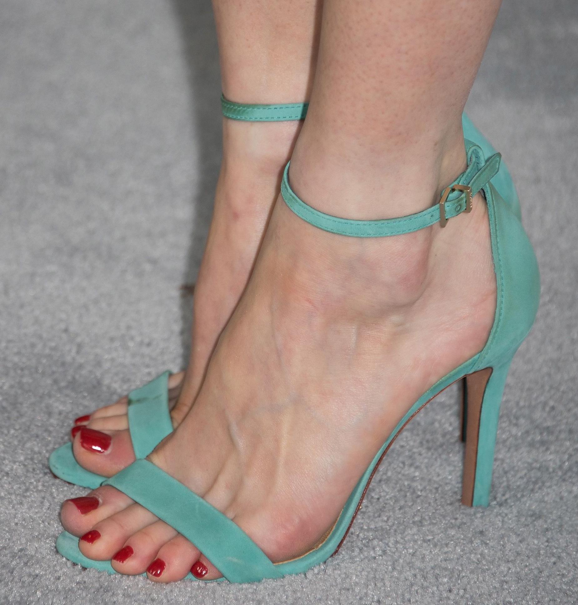 Alexis Bledel's Feet