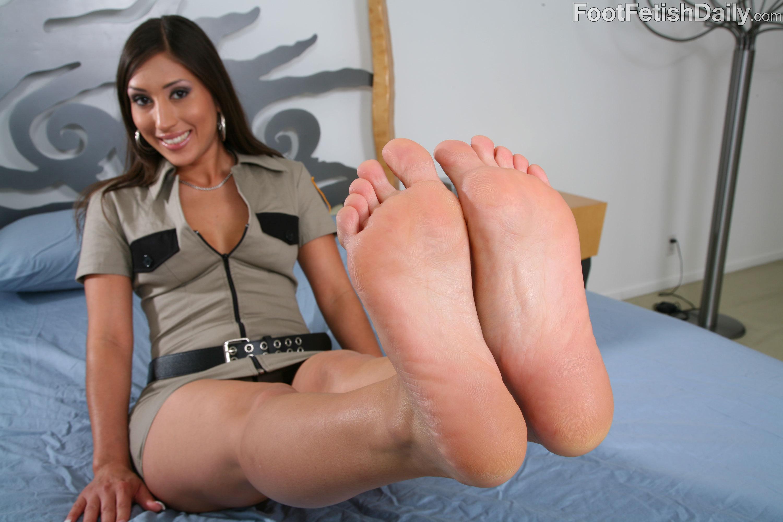 Alexis breeze feet pics