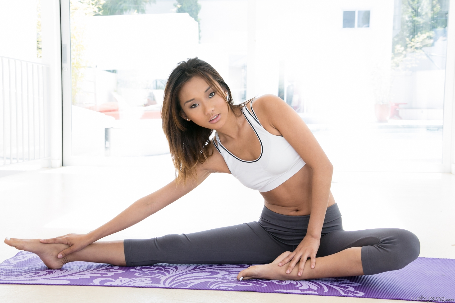 Alina li and veronica rodriguez my first yoga class 9