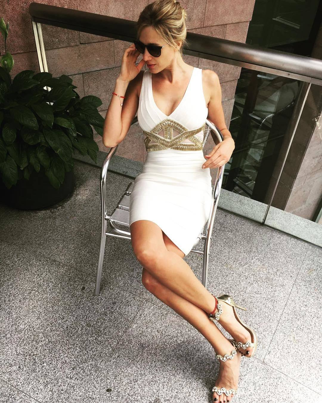Alina-Moine-Feet-2536937.jpg