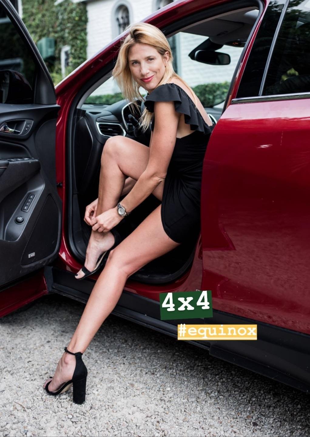 Alina-Moine-Feet-4522972.jpg