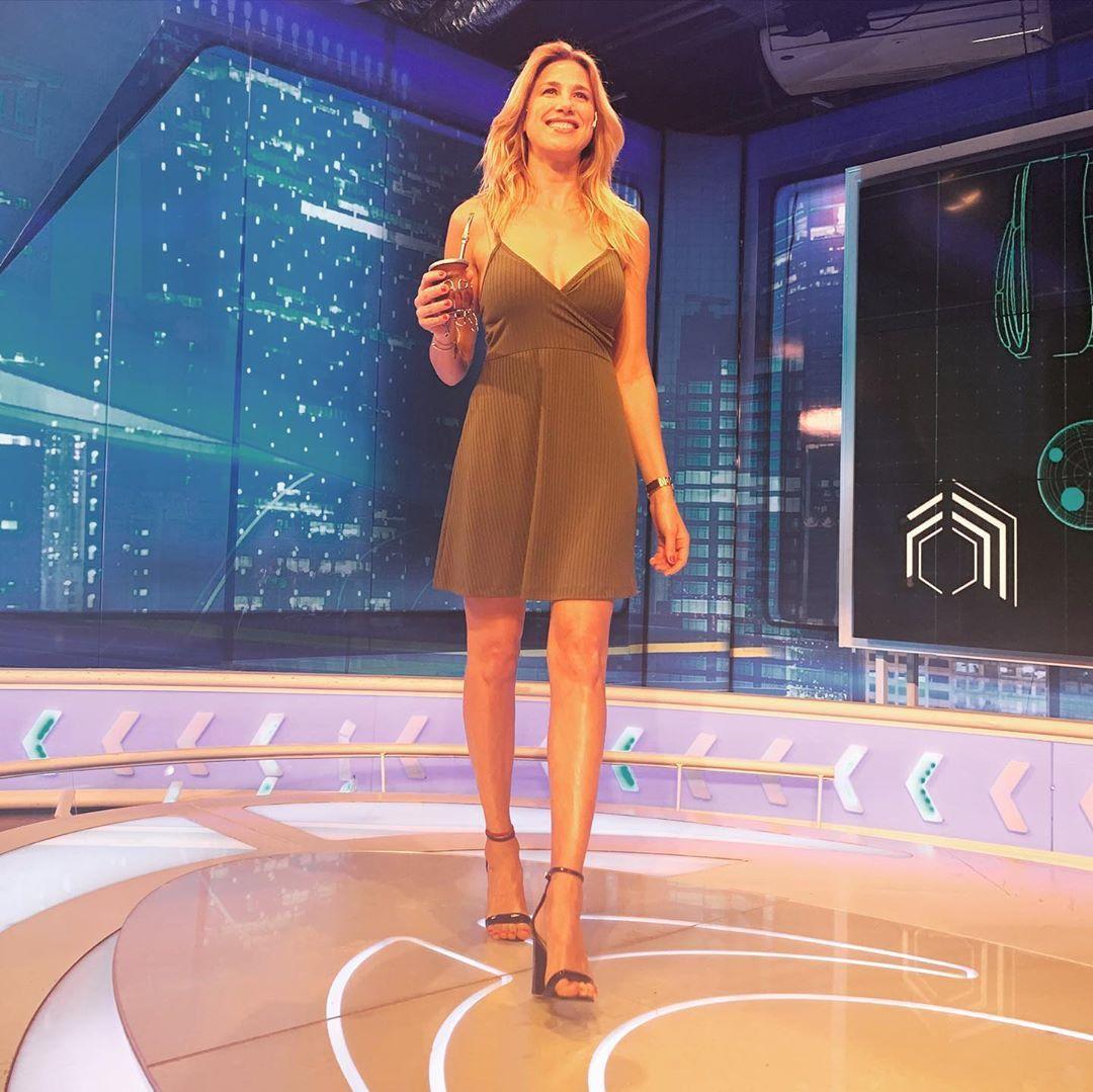 Alina-Moine-Feet-4657197.jpg