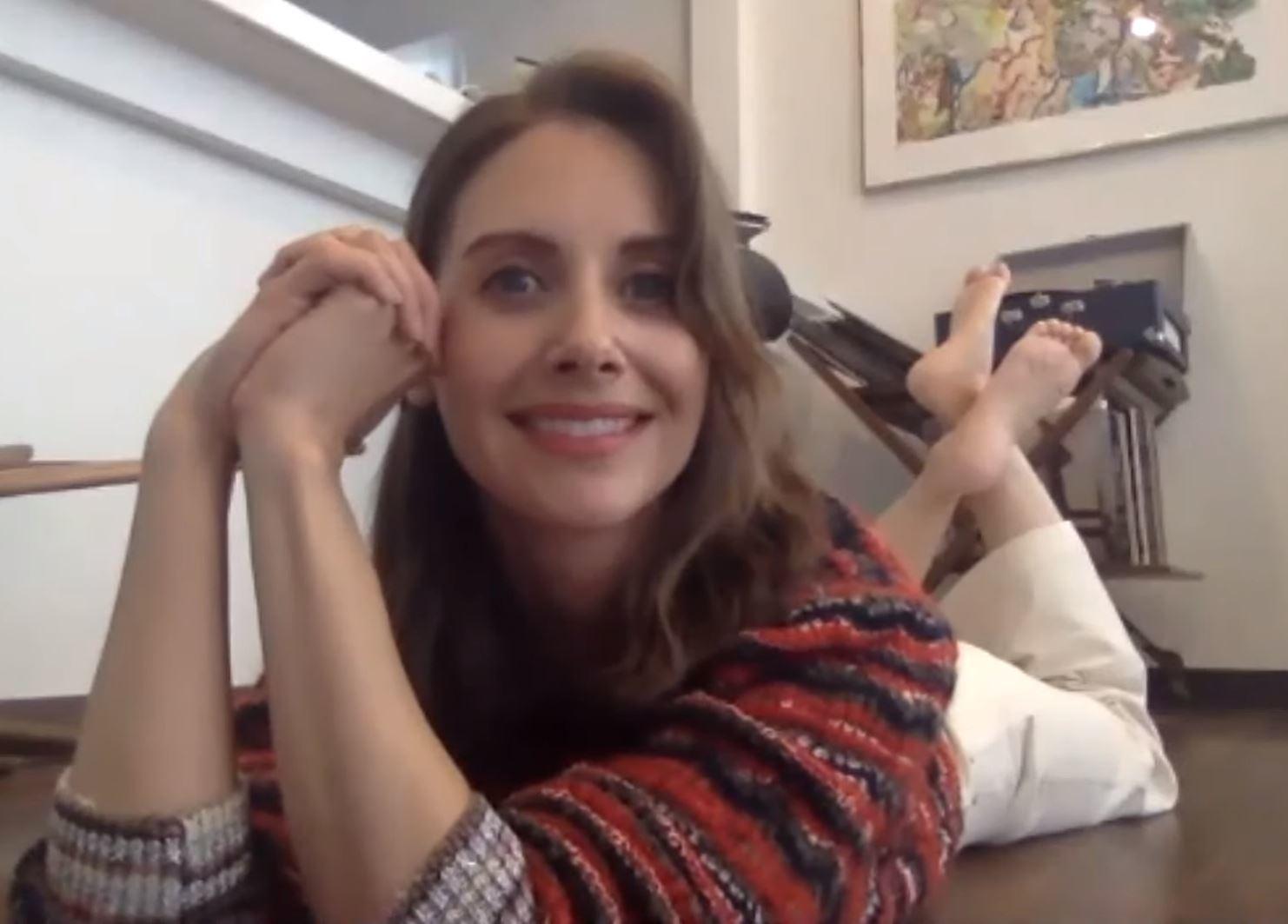 Alison Brie S Feet Wikifeet