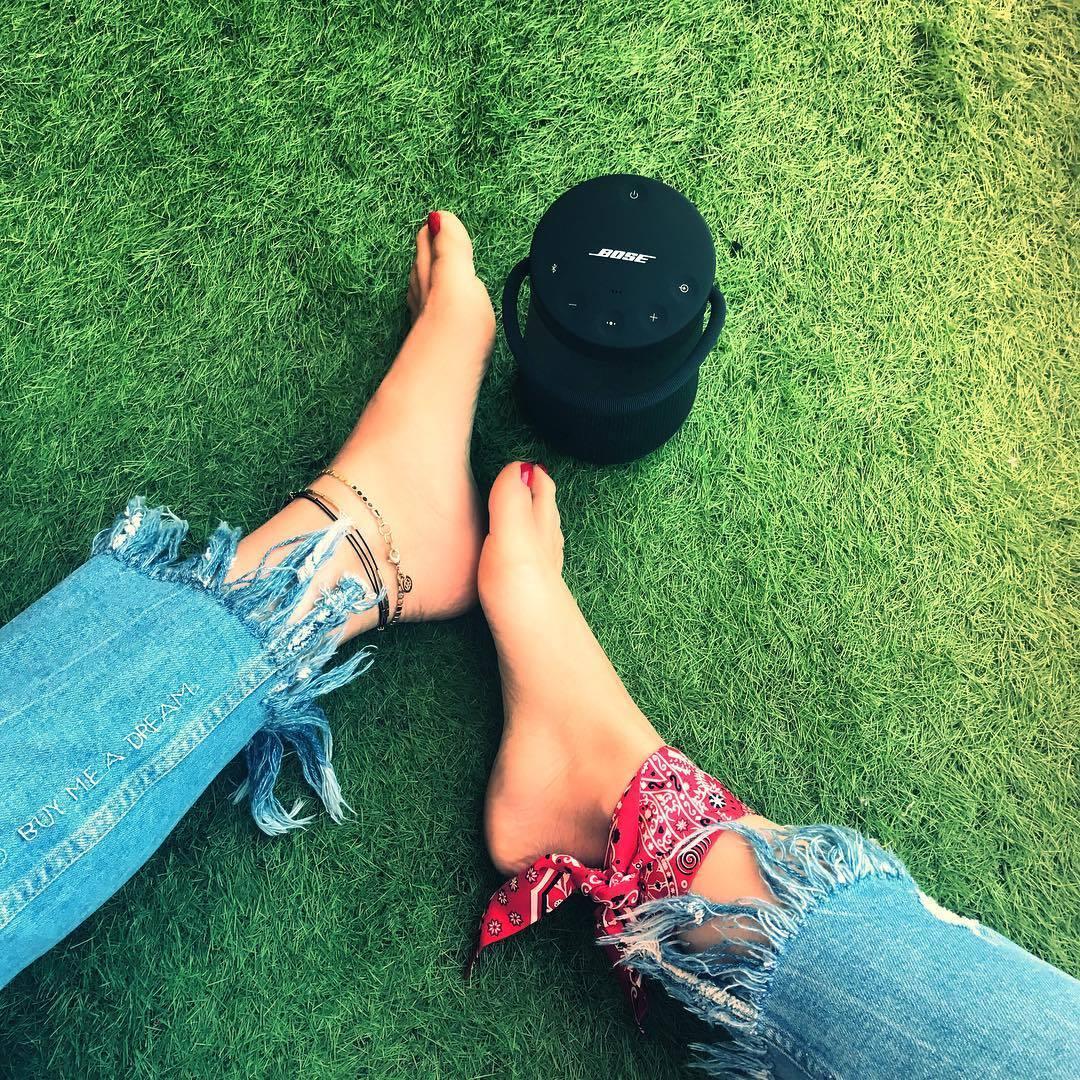 Feet Alizee Coucke nudes (48 foto and video), Ass, Paparazzi, Selfie, underwear 2015