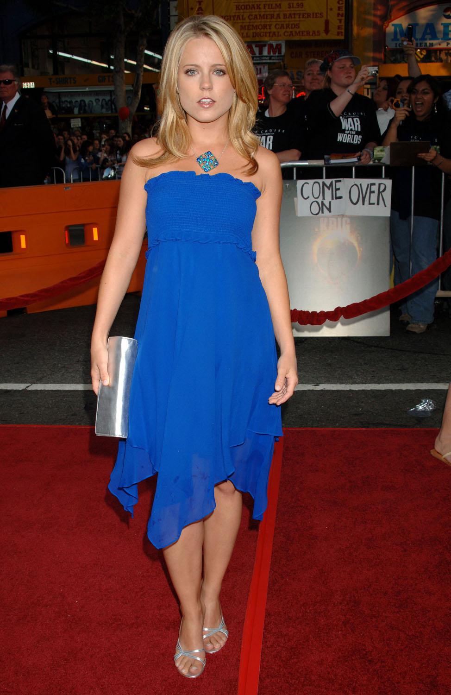 Allison Munns allison munn's feet << wikifeet