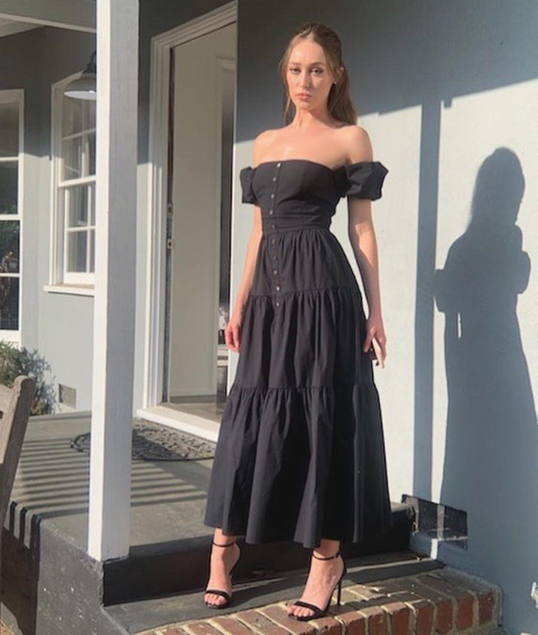 Alycia Debnam Carey S Feet Wikifeet