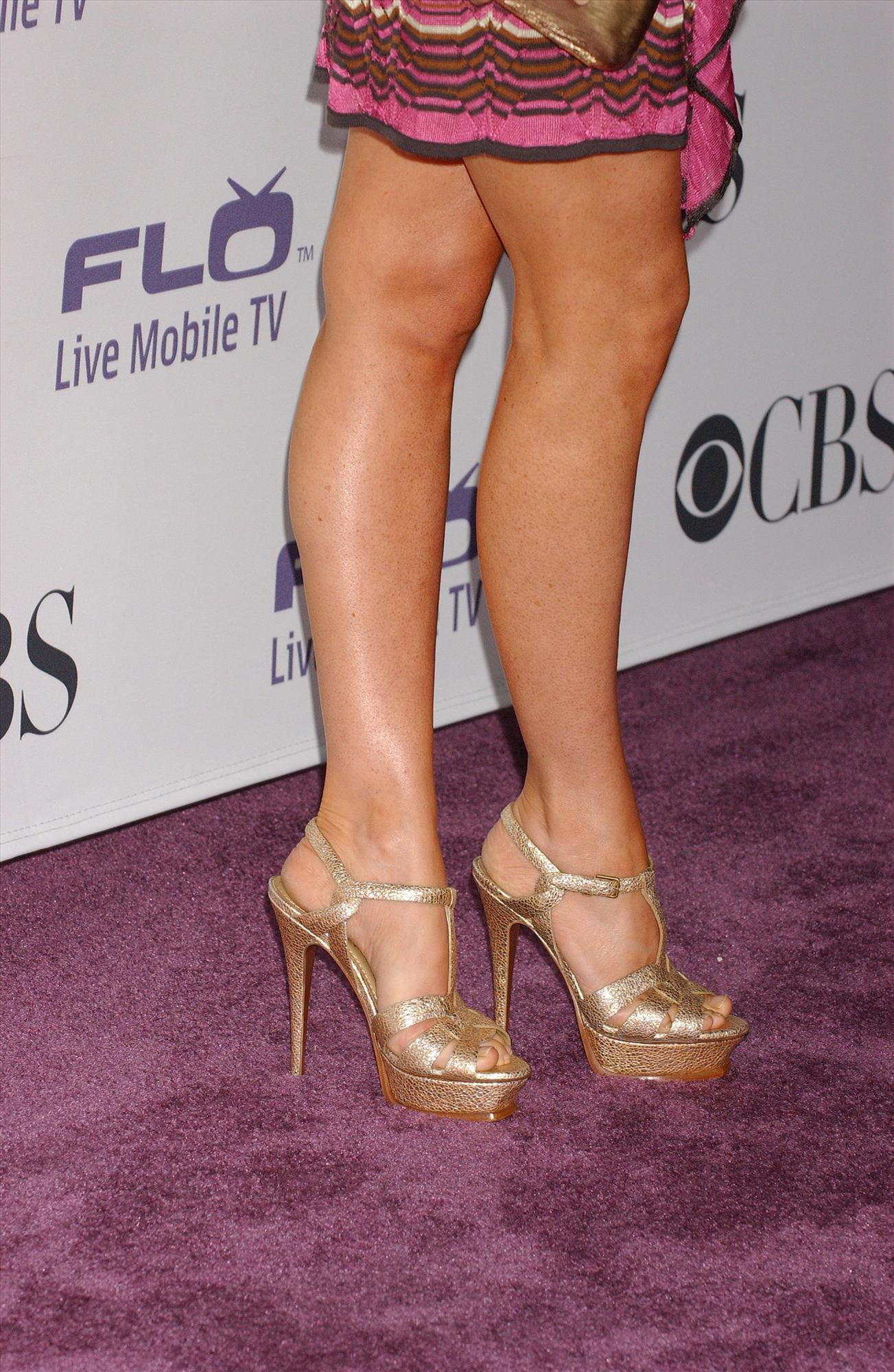 Alyson Hannigan S Feet