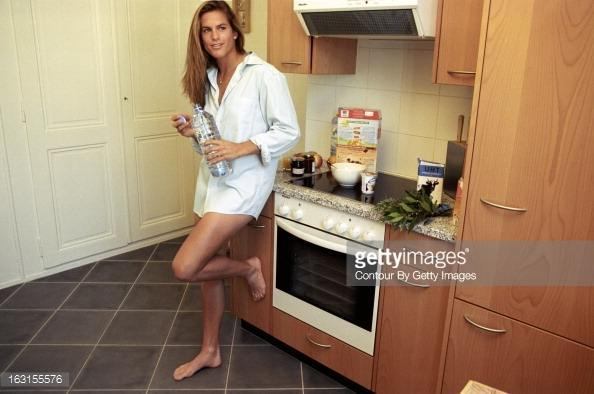 Female player feet and toes page 11 menstennisforums amelie mauresmo voltagebd Image collections