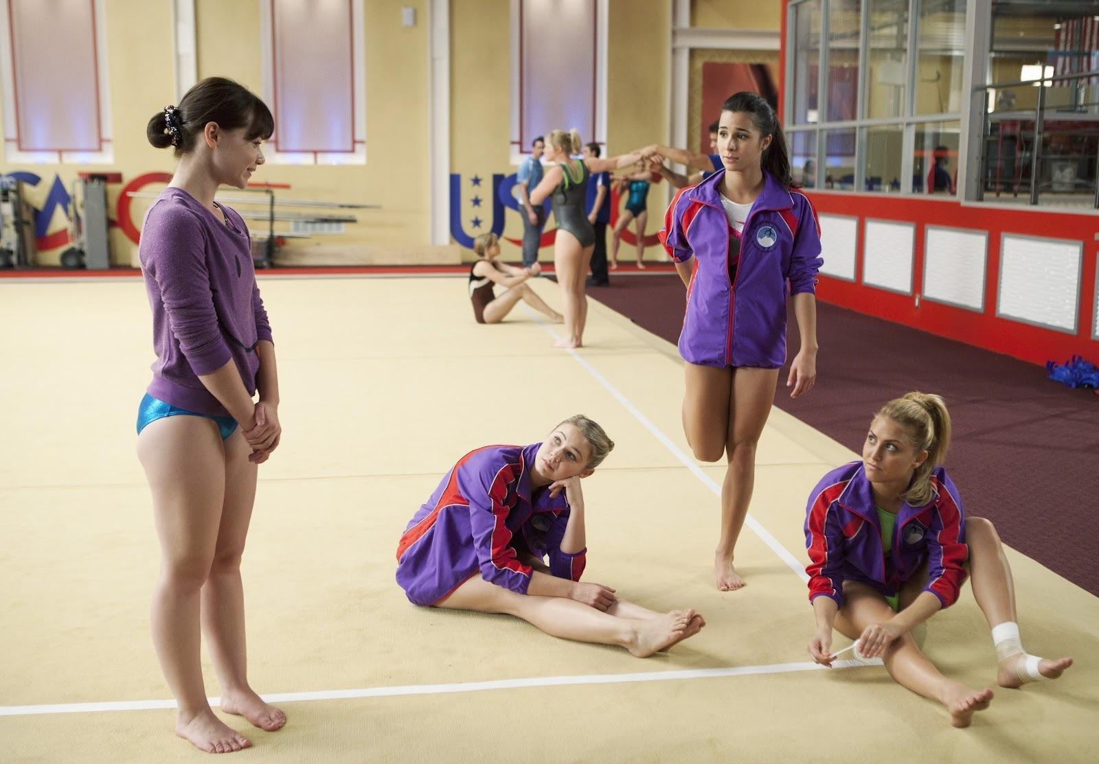 Amanda Leighton amanda leighton's feet << wikifeet