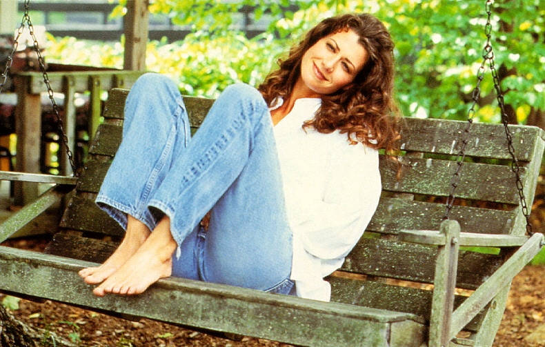 Amy Grants Feet Wikifeet