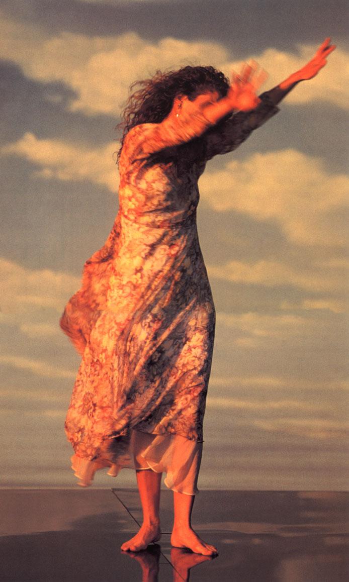https://pics.wikifeet.com/Amy-Grant-Feet-486306.jpg