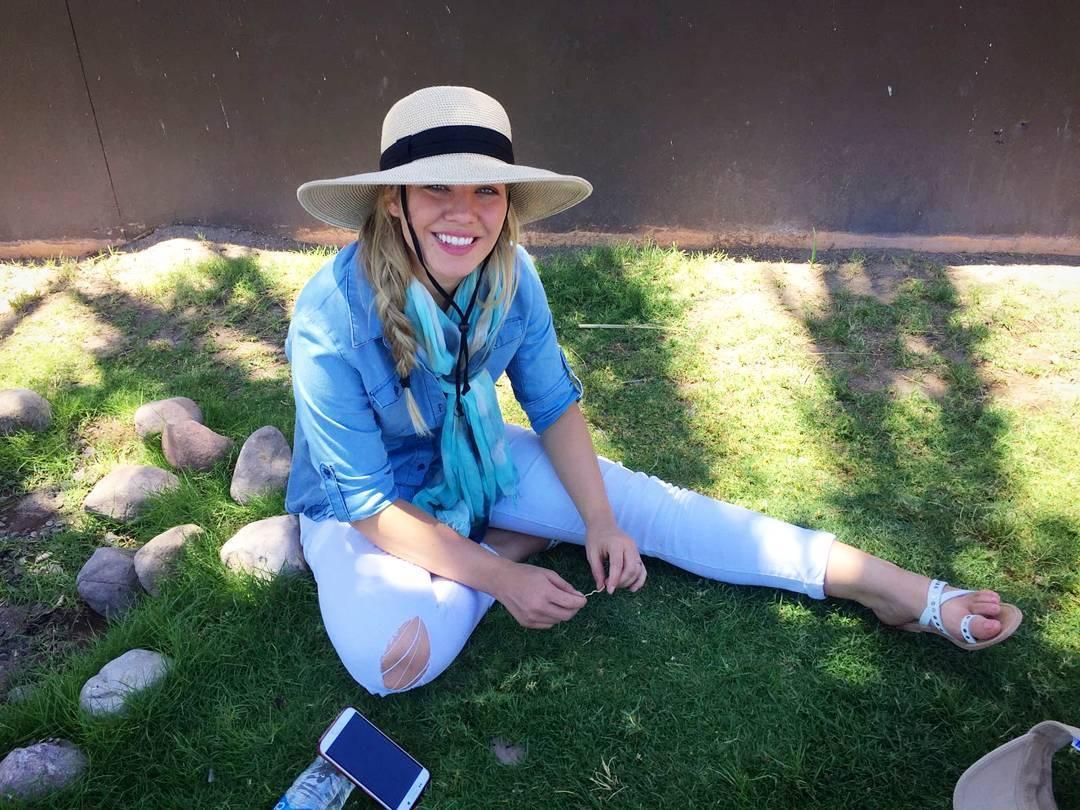 Amy Johnston amy johnston's feet << wikifeet
