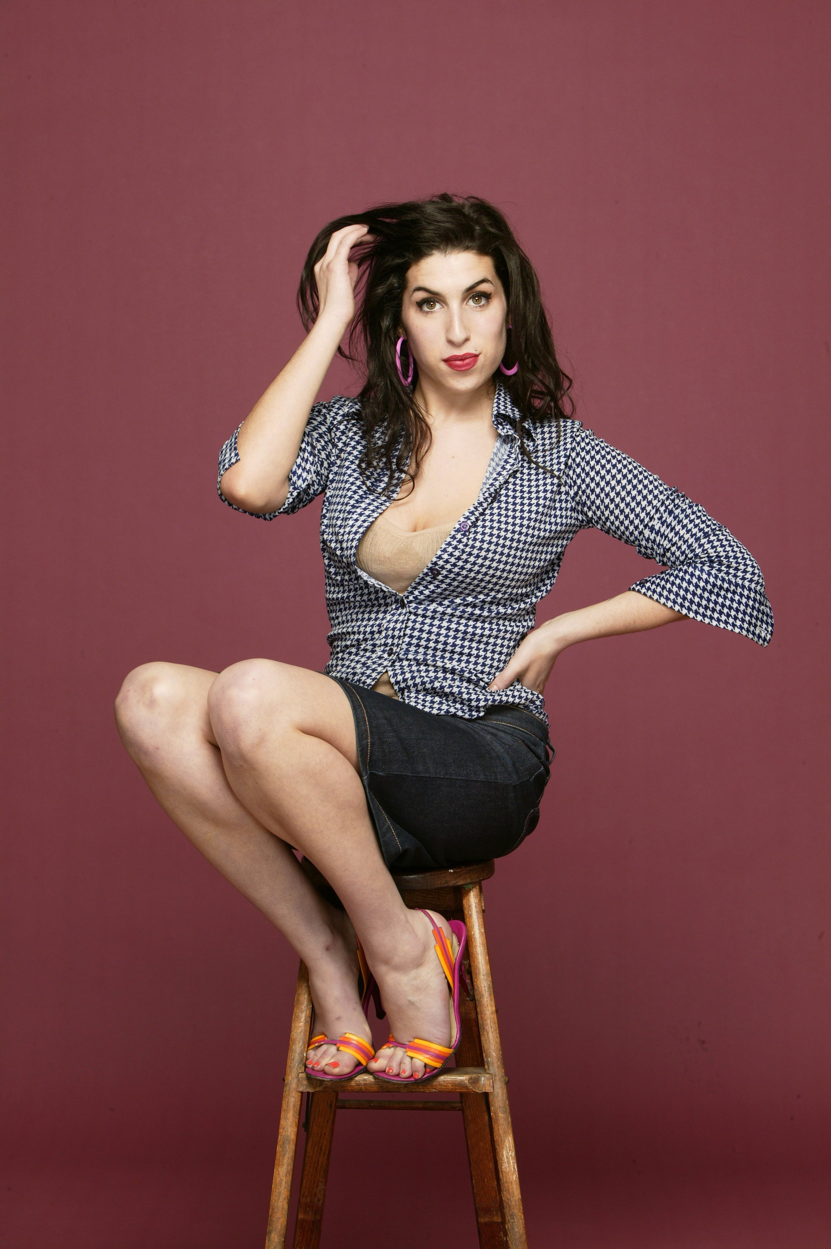 amy winehouse wallpaper iphone 5