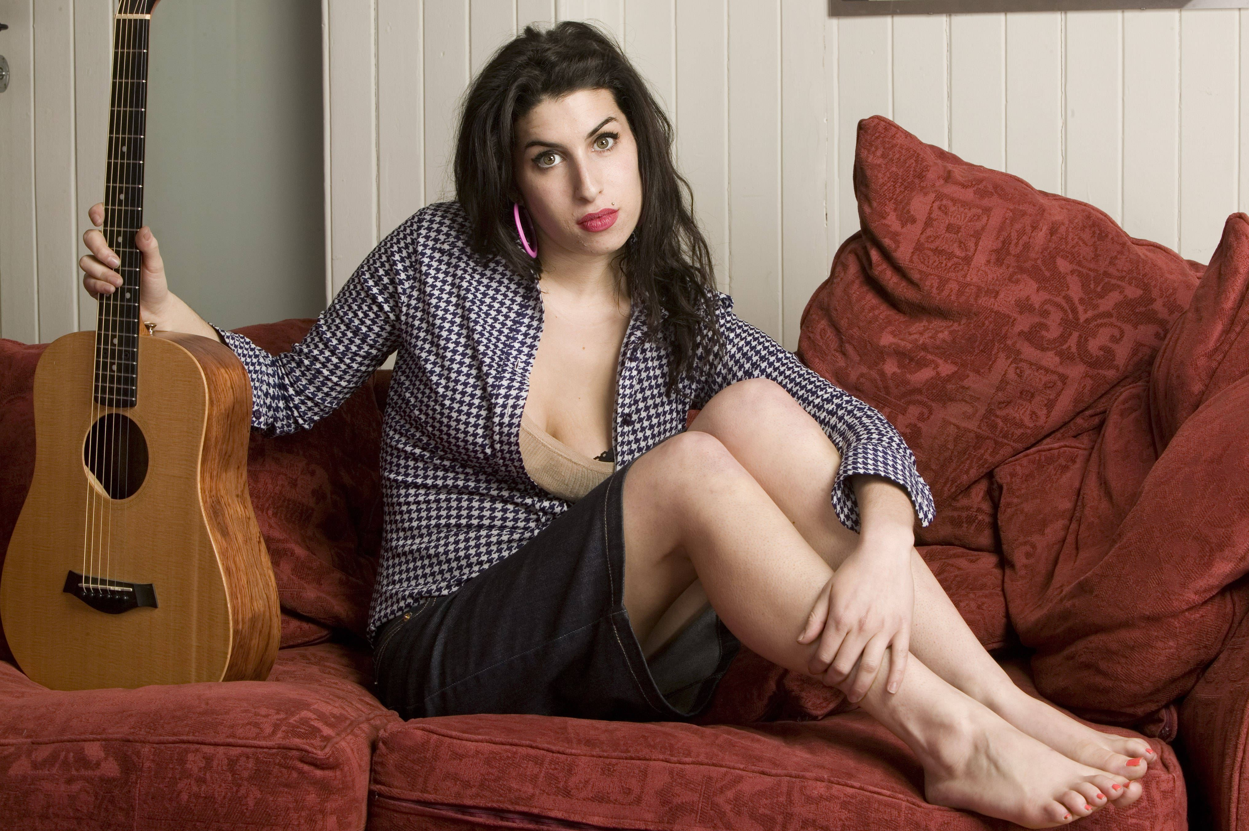 Nude Pics Of Amy Winehouse 108