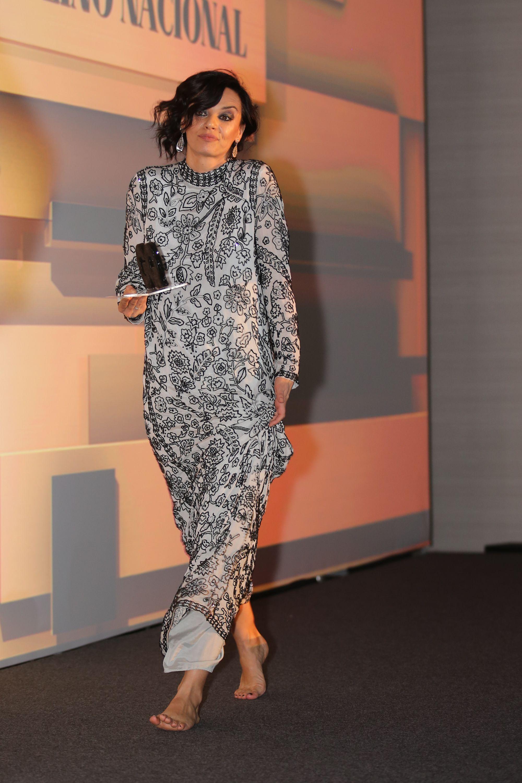 Ana Cristina De Oliveiras Feet Wikifeet