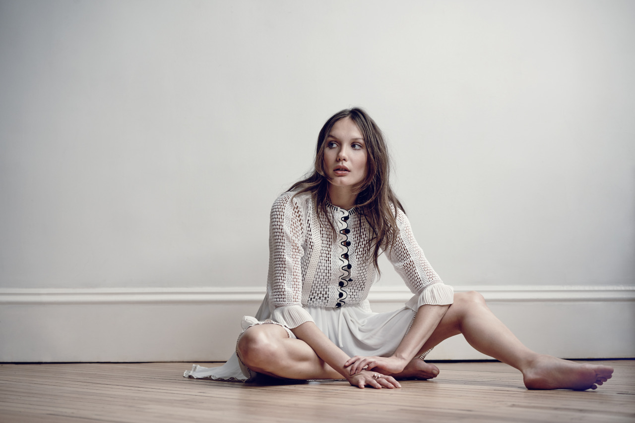 Ana Girardot's Feet