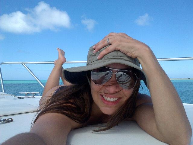 http://pics.wikifeet.com/Ana-Karina-Manco-Feet-586261.jpg