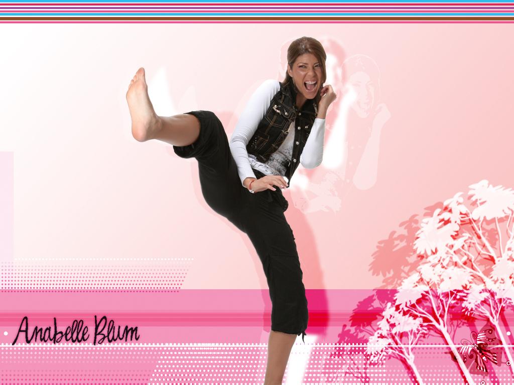anabelle blums feet