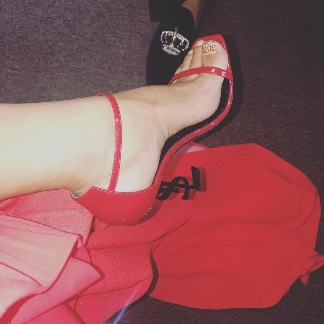 Anais Martinez anais martinez's feet << wikifeet
