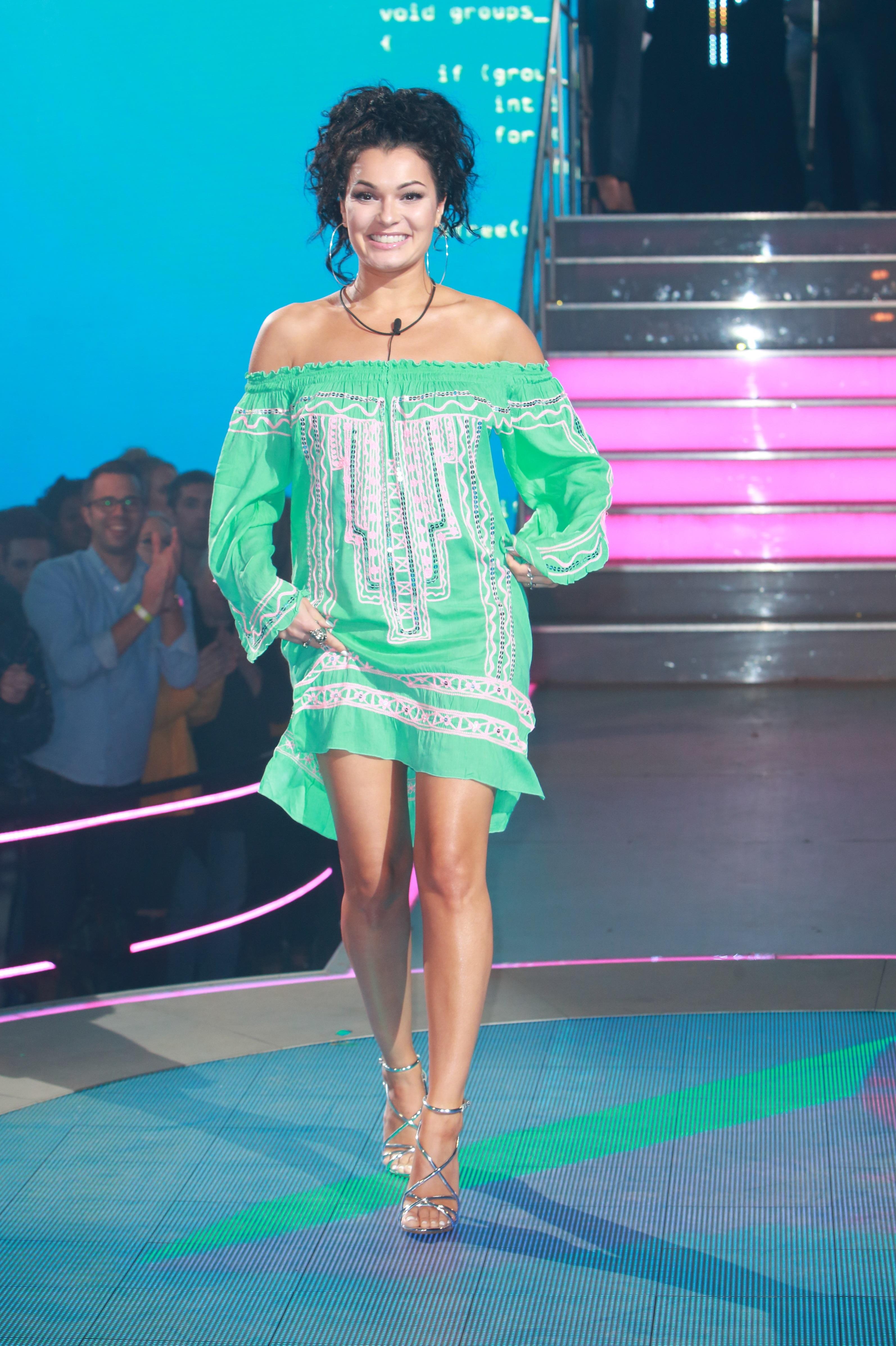 Anamelia Silva Nude Photos 88