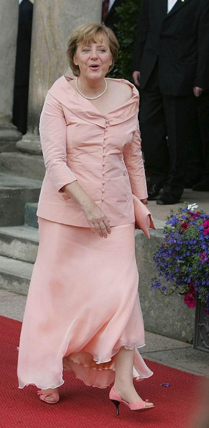 Feet Angela Merkel naked (34 pics), Cleavage