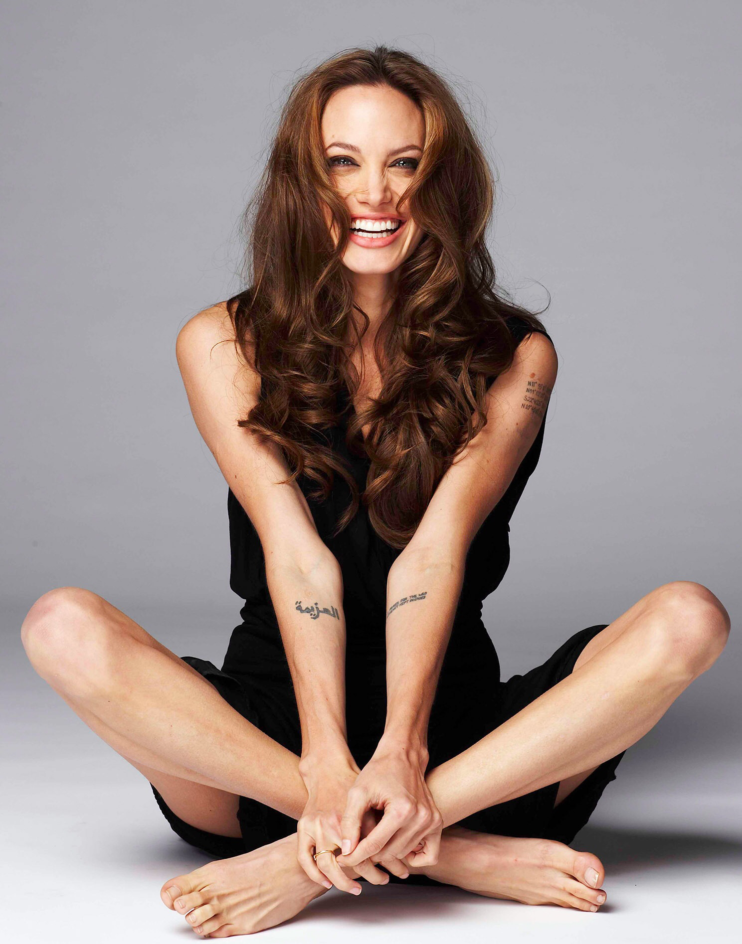 Angelina Jolie nude - Pictures of every celebrity