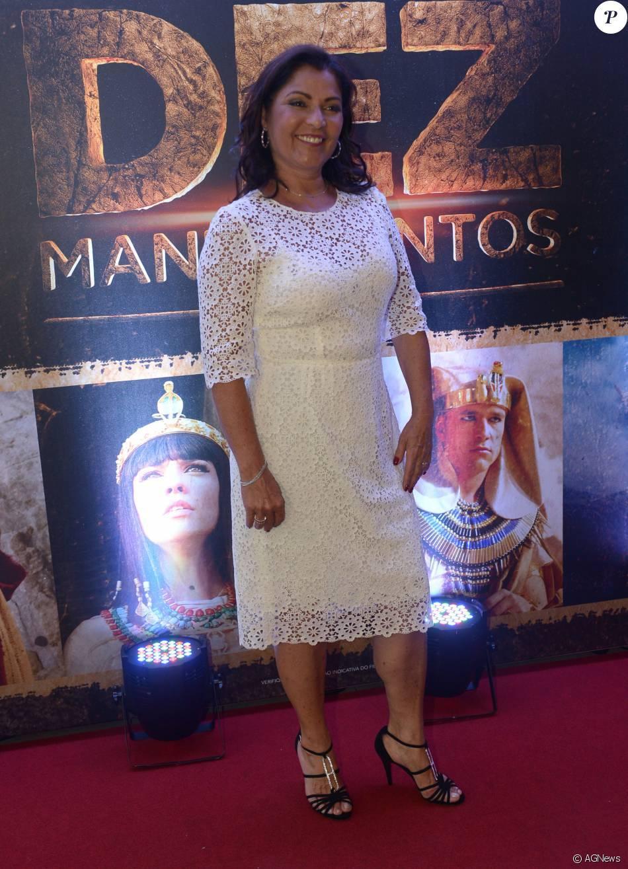 100 Images of Angelina Muniz