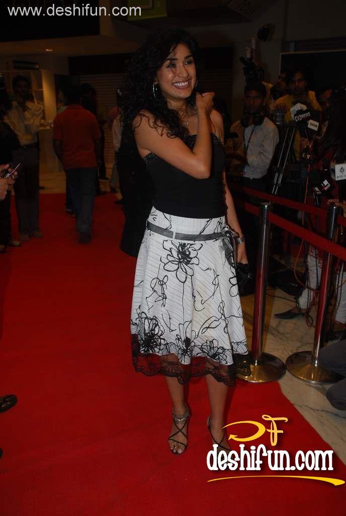 Anjala Zaveri - Images Actress