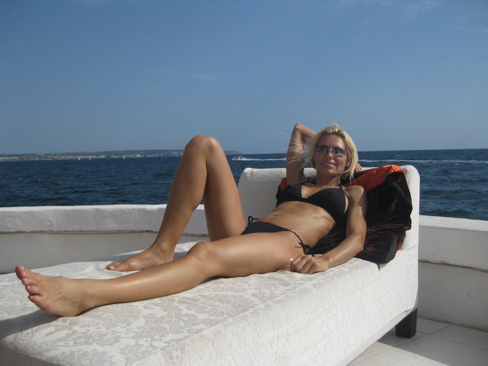 Anna Anka's Feet (553281)