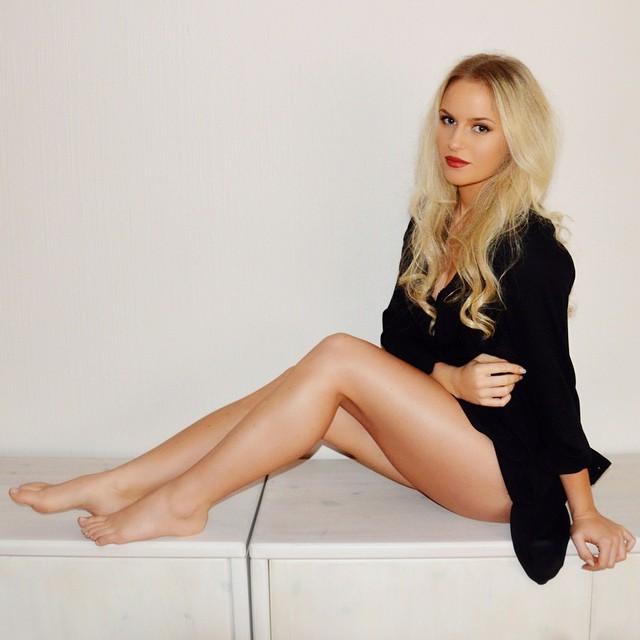 image Ana ivanovic bikini photoshoot