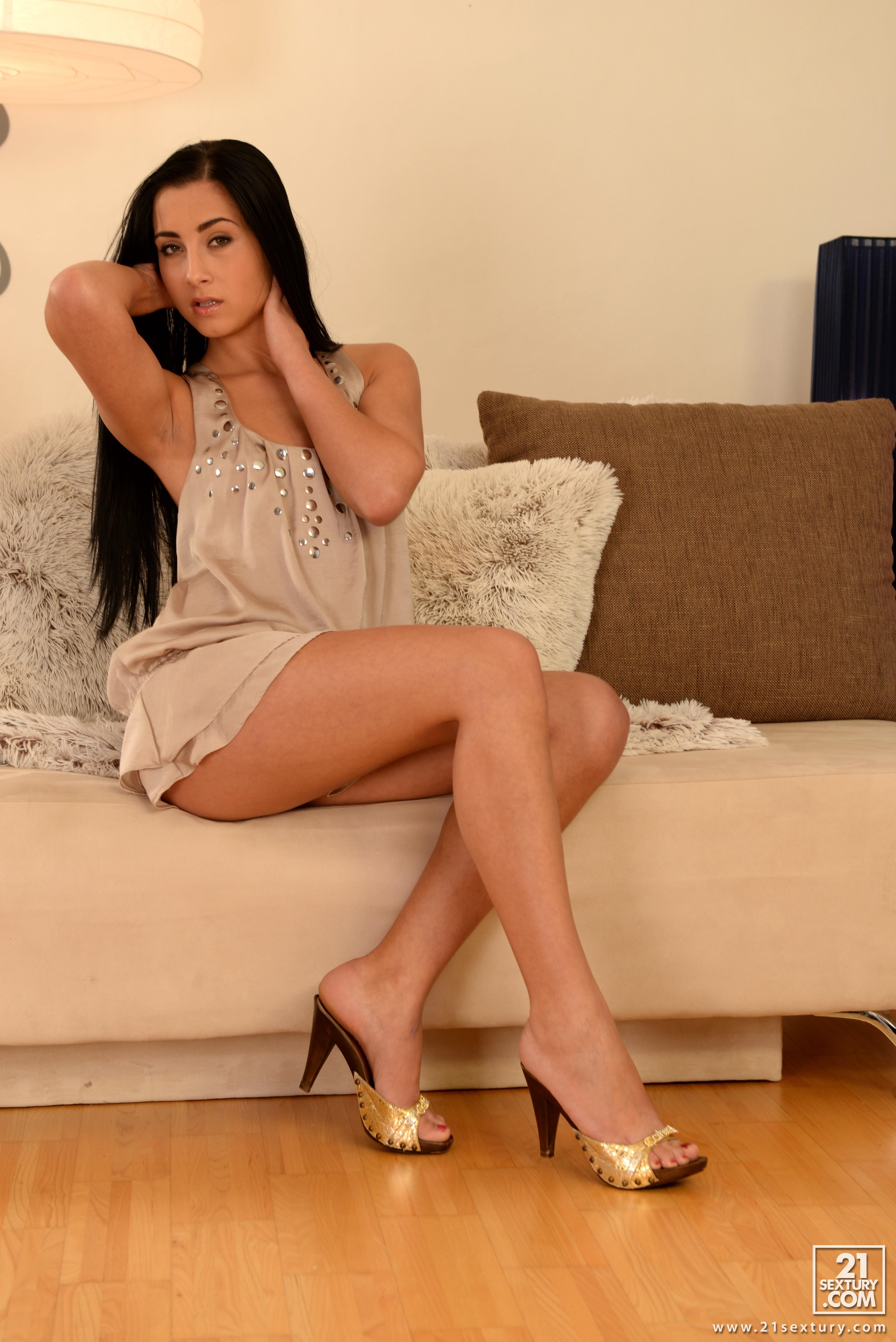 Ana Rose anna rose's feet << wikifeet x