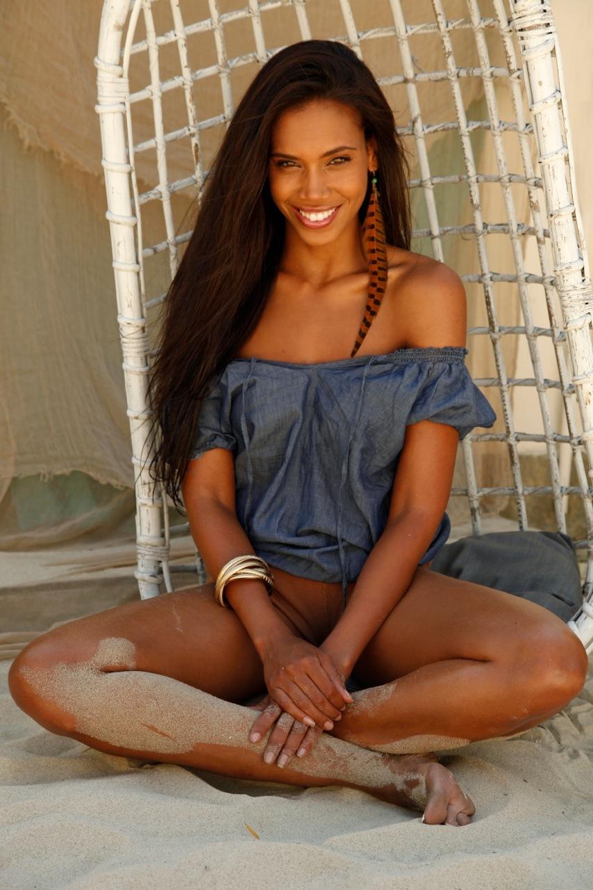 beautiful nude black womens