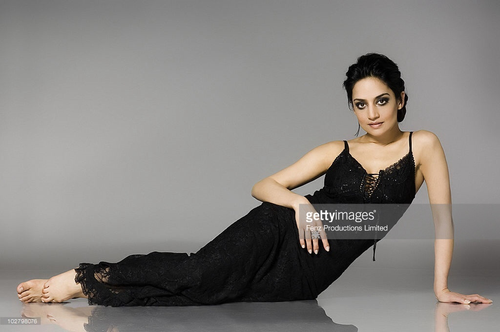 hot pictures of archie panjabi