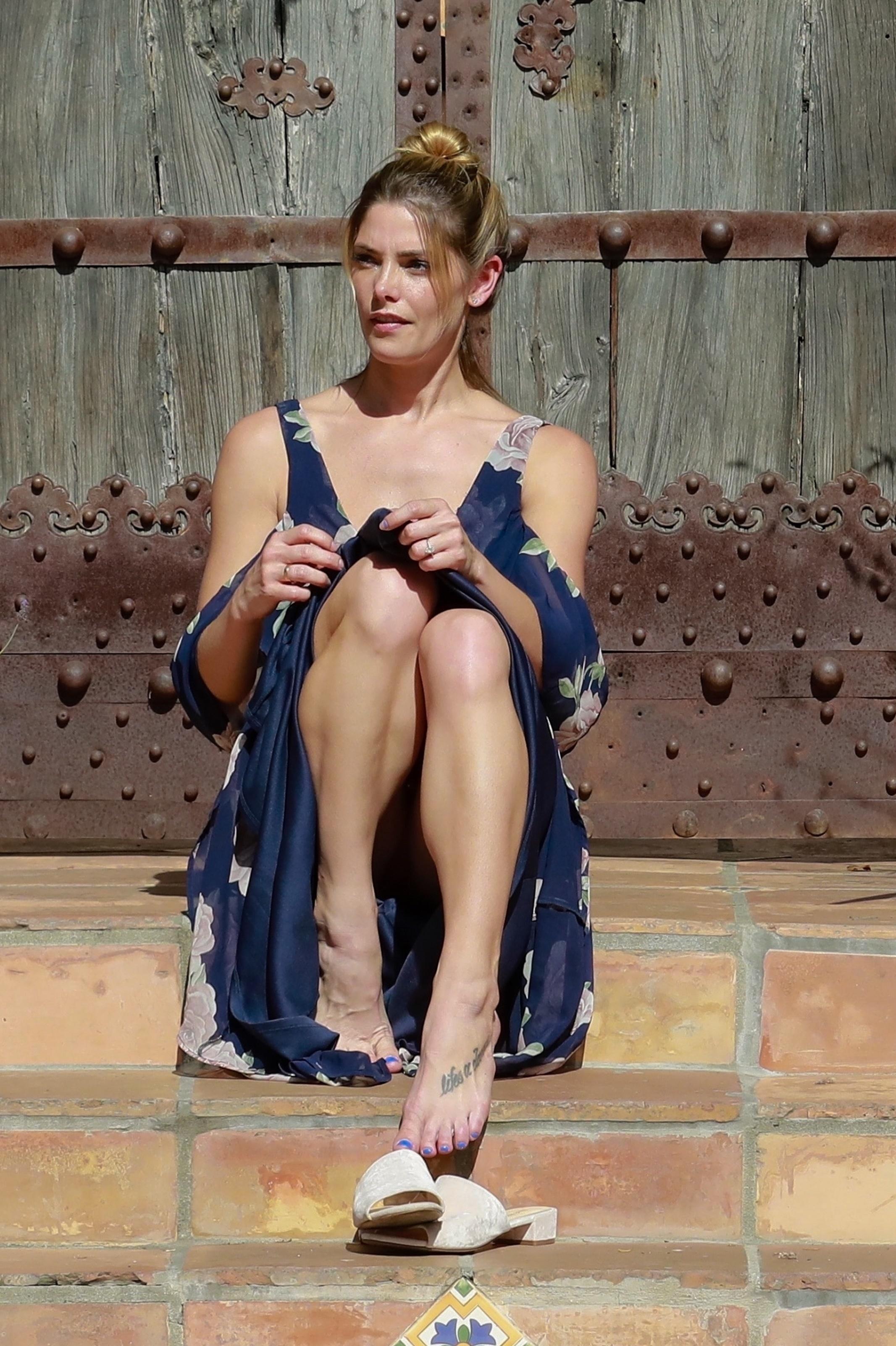 Sexy Feet Ashley Greene naked photo 2017