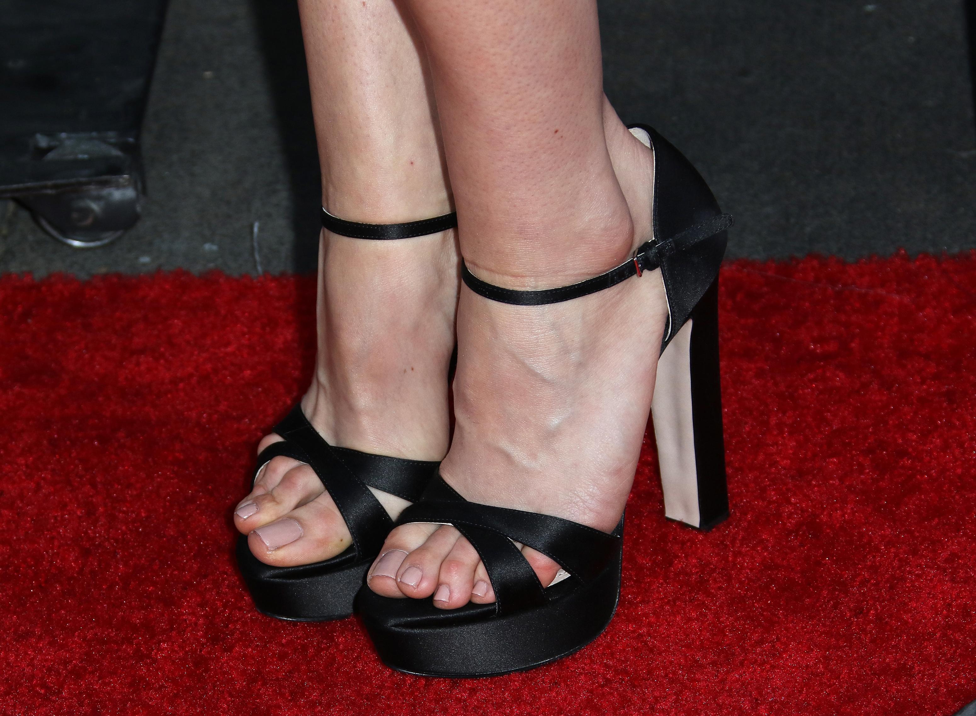 Aubrey plazas feet wikifeet 3031942 voltagebd Choice Image