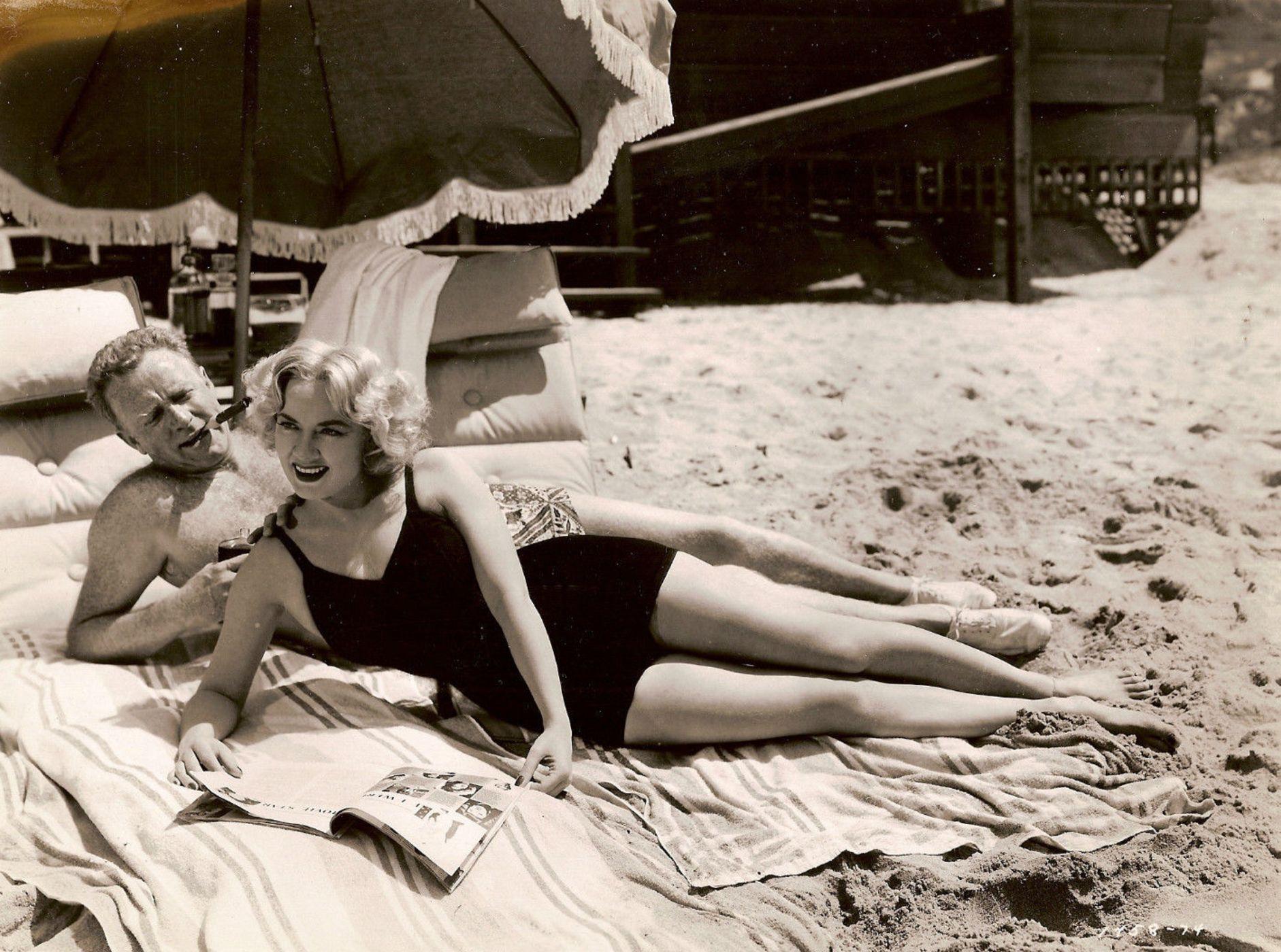 Legs Audrey Totter nude (12 pics) Feet, Facebook, panties