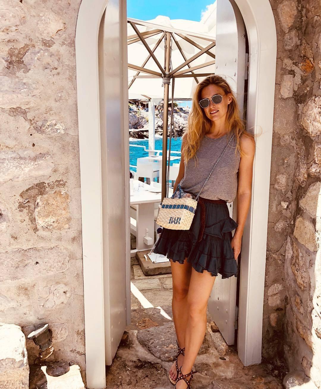 Feet Hailey Clauson nude photos 2019