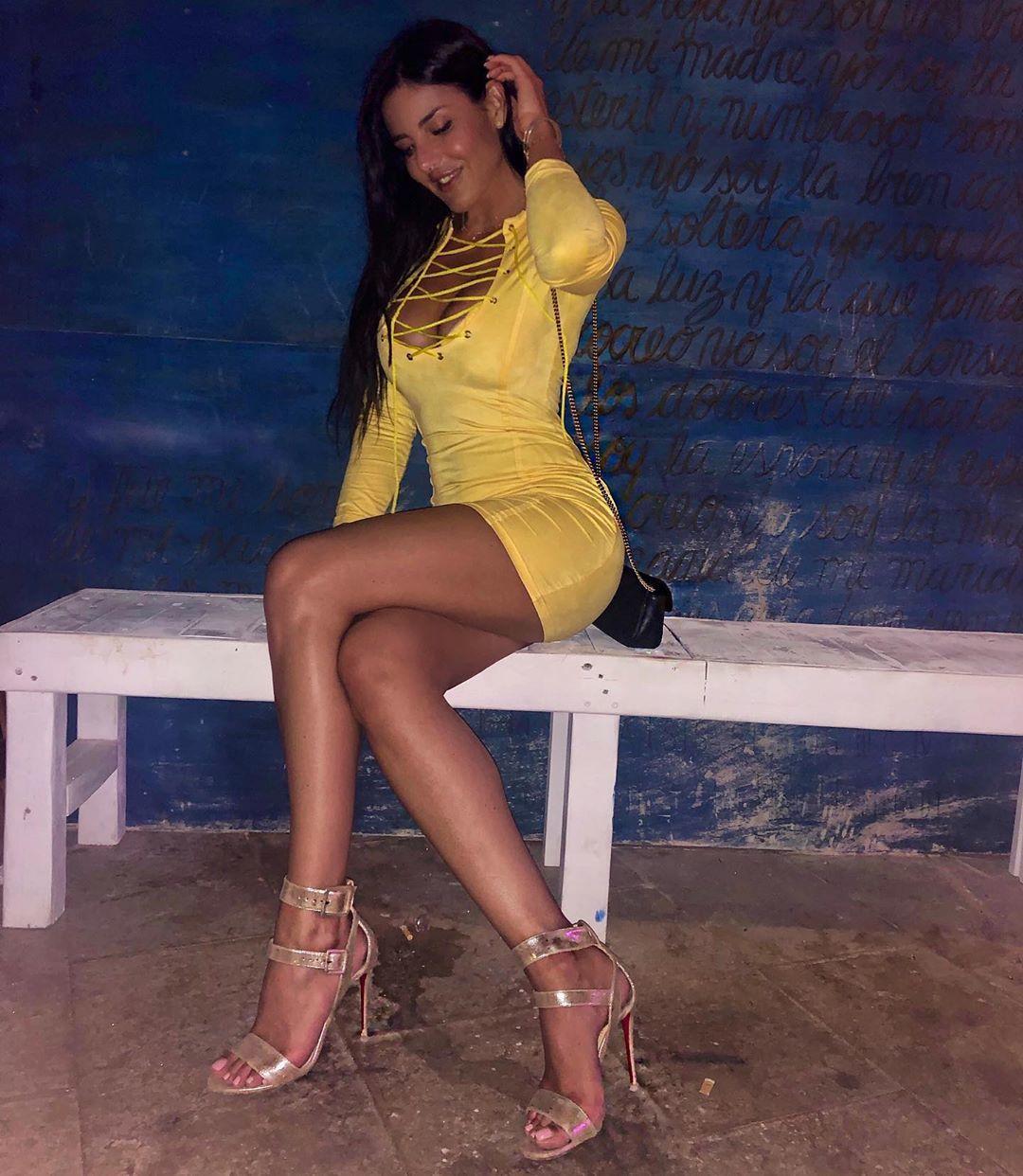 Barbara Francesca Ovienis Feet Wikifeet