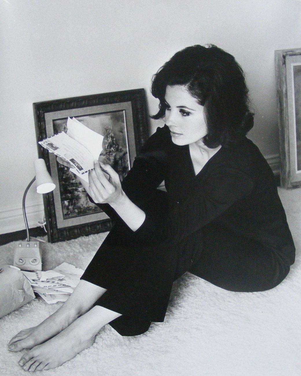 Feet Barbara Parkins naked (77 images), Paparazzi