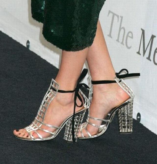 Becki Newtons Feet