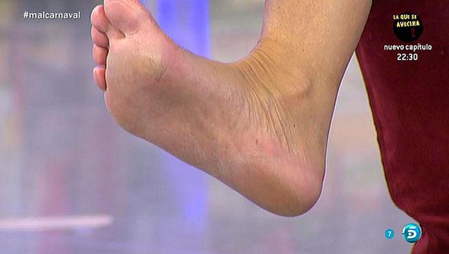 Bel%C3%A9n-Esteban-Feet-2039639.jpg