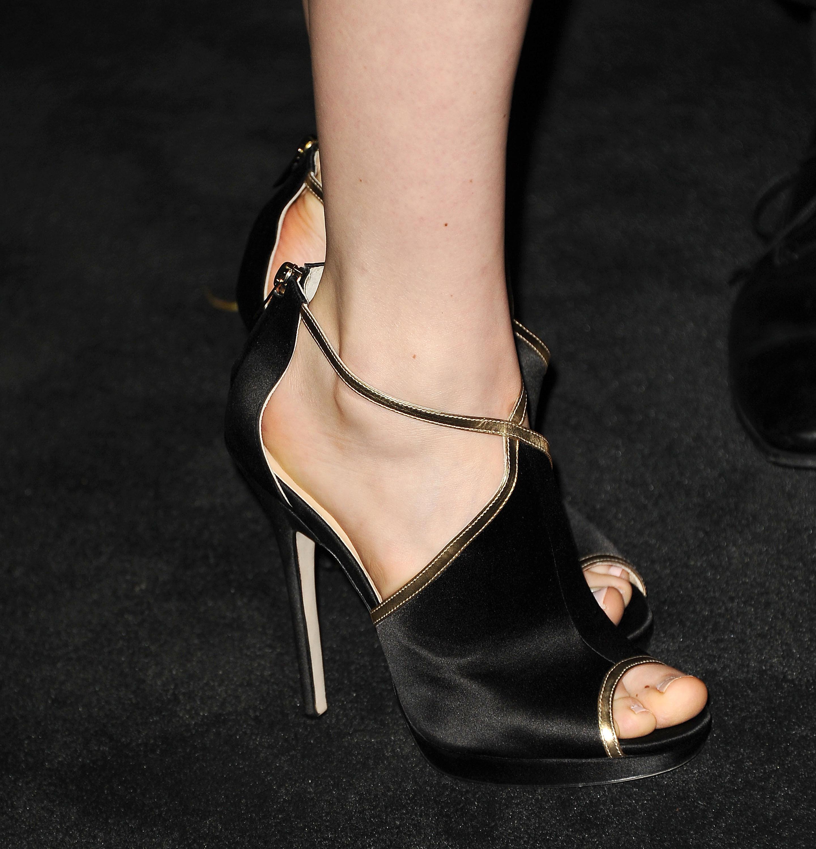 Bella Heathcote Shoe Size