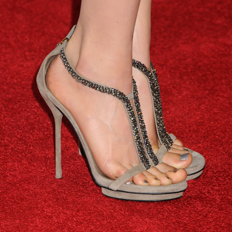 Beautiful Celebrity Feet - YouTube