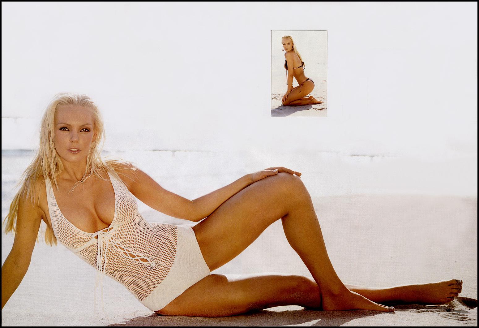 Berglind Icey Nude Photos 22