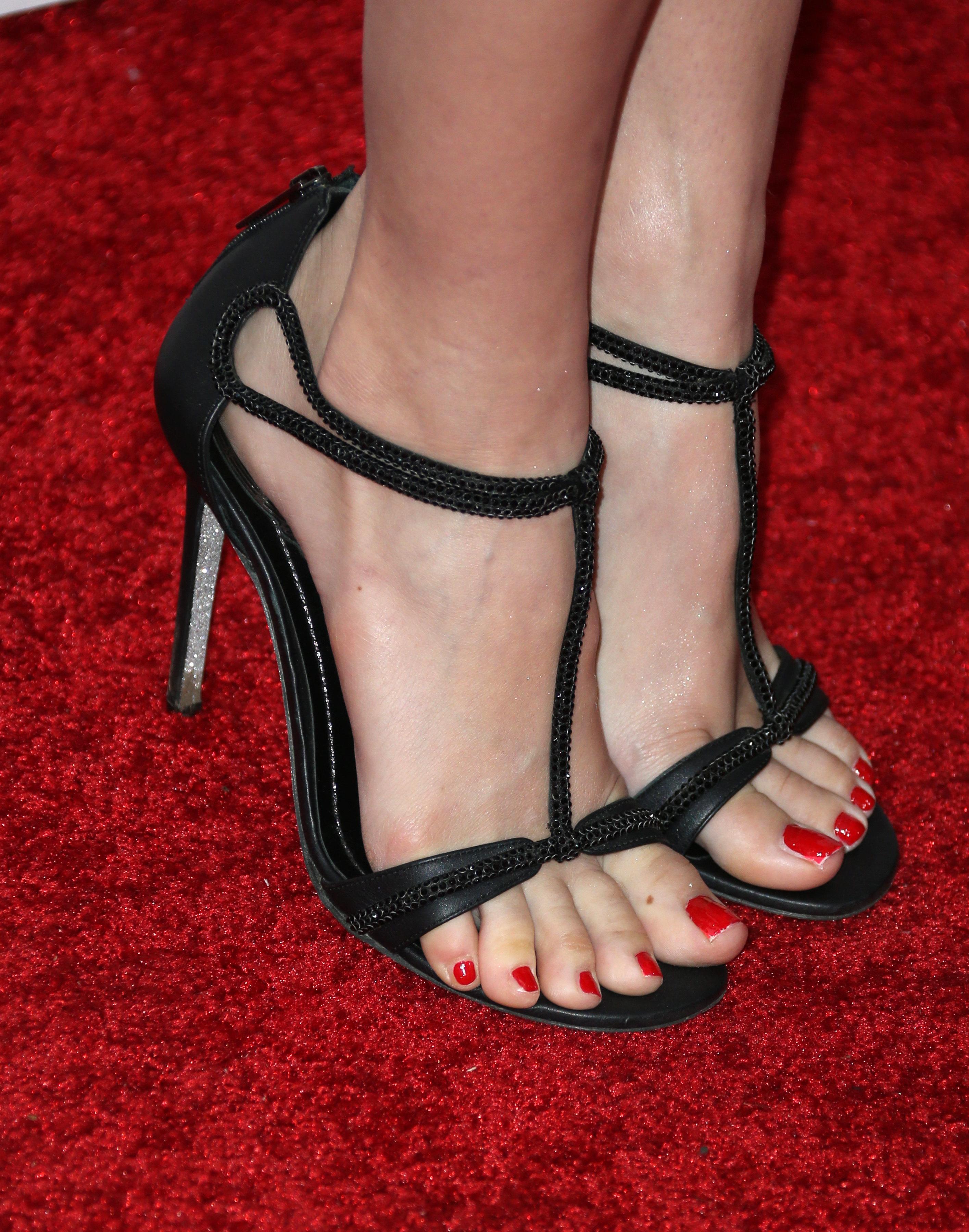 Beth Behrss Feet