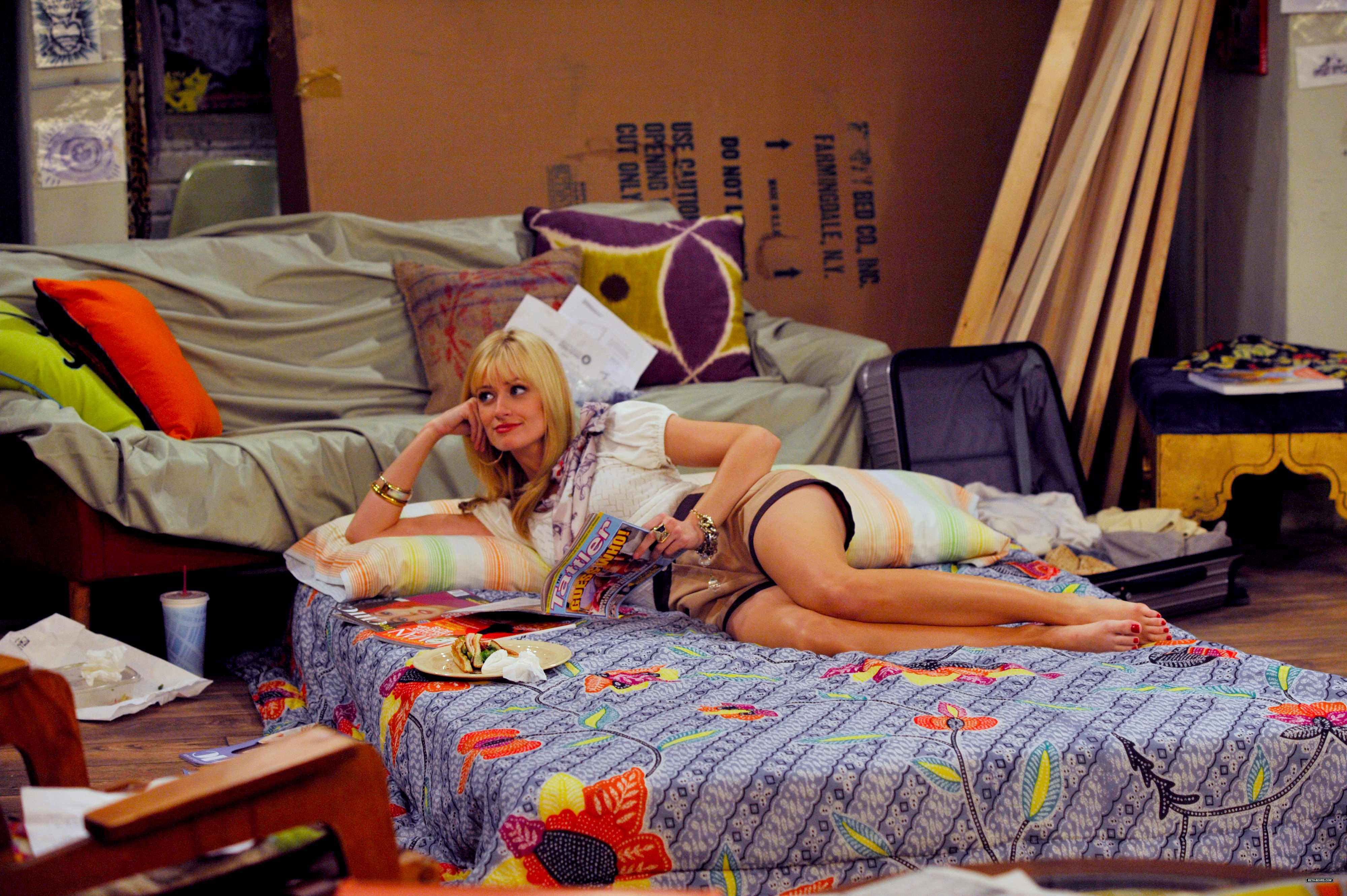Beth Behrs Feet Beth behrs - two broke girls