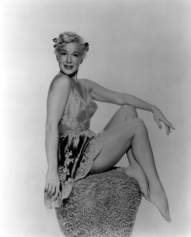 Sideboobs Sexy Betty Hutton  nudes (11 pics), 2019, braless